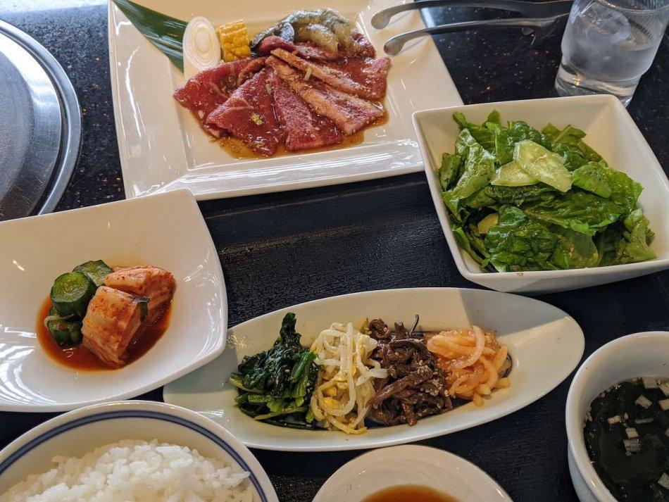 叙々苑、約肉ランチ[A] 3,520円(税込み)