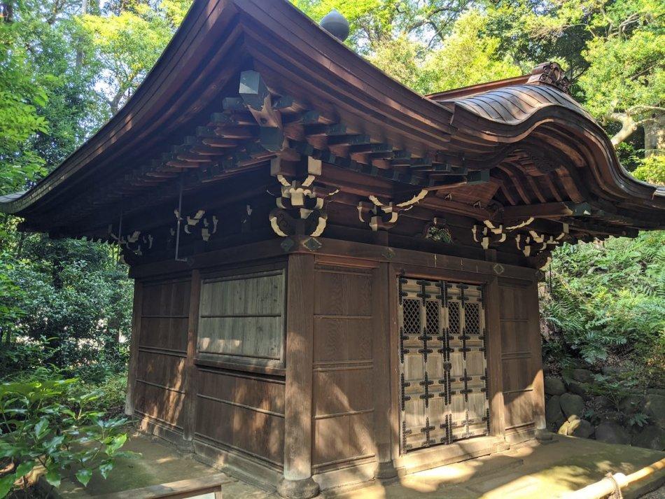 小石川後楽園の園内最古の建物、得仁堂