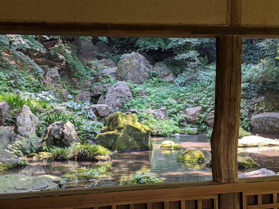 六義園:滝見茶屋で休憩