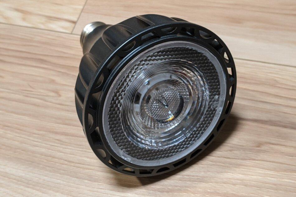 Helios Green LED HG24(ヘリオスグリーンLED)の外観、LED面