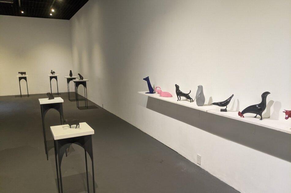 萩原 亮 個展「WEEKLY SCULPTURE」展示の様子